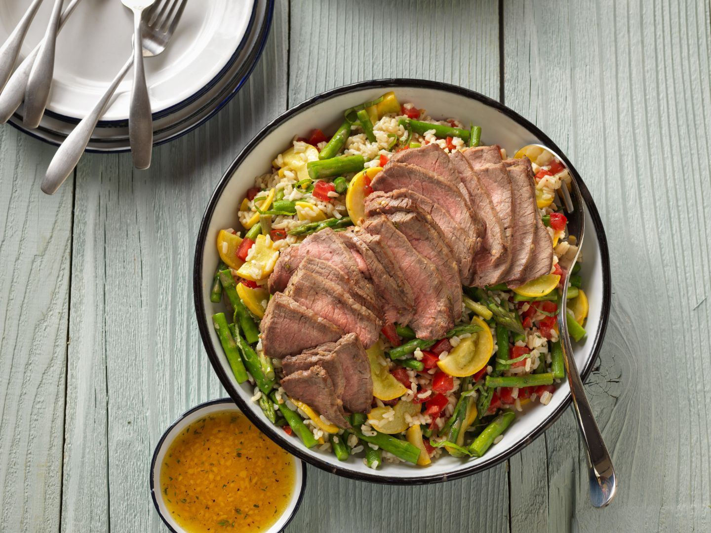 farmers-market-vegetable-beef-and-brown-rice-salad